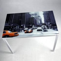 Mesa de 110x70 cm con cristal templado serigrafiado con foto de Nueva York