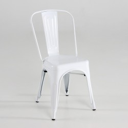 Silla de metal color blanco