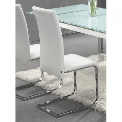 Juego de 4 sillas de comedor elegantes tapizadas en blanco for Sillas de comedor elegantes